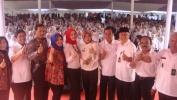 Bu Atalia Ridwan Kamil Nganjang ka SMAN 4 Kota Bandung dina Raraga Kagiatan Siaran Keliling Gawe Bareng jeung Radio Sonata 94 FM
