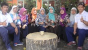 Pangwilujeng HUT Kota Bandung ka-206 ti Guru-guru SDN Babakan Sentral Kota Bandung