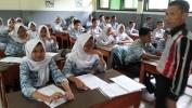 Pelaksanaan UNBK SMPN 33 Kota Bandung Taun Kahiji Nginduk ka SMAN 18 Kota Bandung
