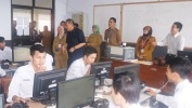 UNBK SMKN 5 Kota Bandung Di Longok Ku Wagub Jabar H. Deddy Mizwar