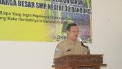 Aya Lima Urang Calon Lulusan SMPN 39 Kota Bandung nu Diistrénan ku Pa Ridwan Kamil pikeun jadi Anggota Pramuka Garuda