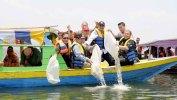 Penuhi Kebutuhan Masyarakat, Aher Rajin 'Restocking' Ikan di Jatigede