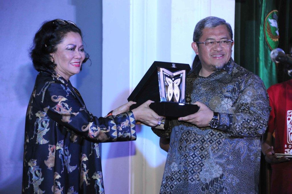 Peduli Museum, Aher Raih Anugerah Purwakalagrha-majalahsora.com-humas jabar