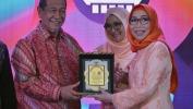 KPID Jabar Anugerahi Gubernur Aher Kepala Daerah Peduli Penyiaran
