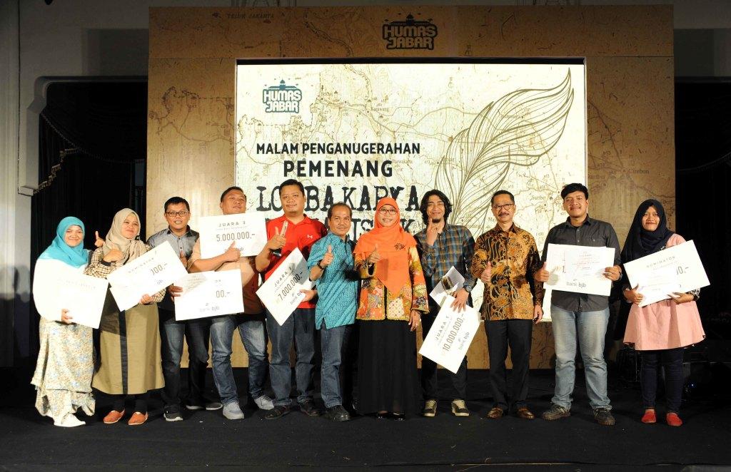 10 Jurnalis Raih Anugerah Karya Jurnalistik 2017