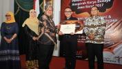 Doel Sumbang & Batik Komar Raih Anugerah Karya Budaya Jabar 2017