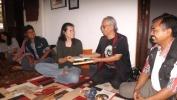 Sarah Anais Andrieu Di Garasi 10:  Wayang Golek Sunda Memang Luar Biasa!