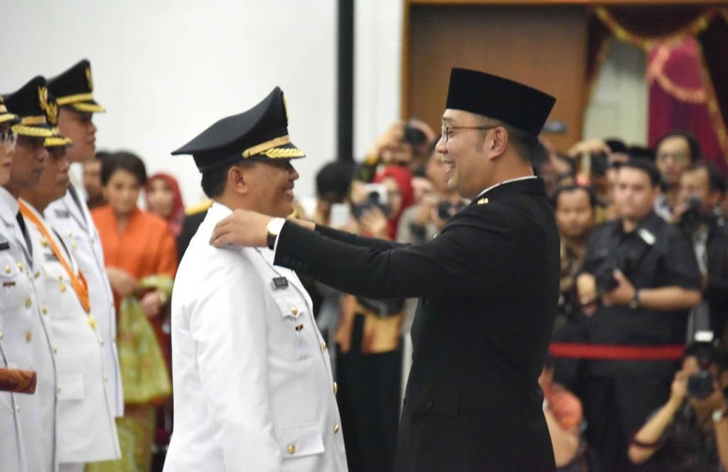 Emil lantik Oded jadi Walikota Bandung