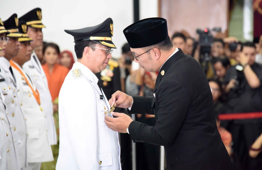 Pelantikan Wakil Walikota Sukabumi oleh Emil