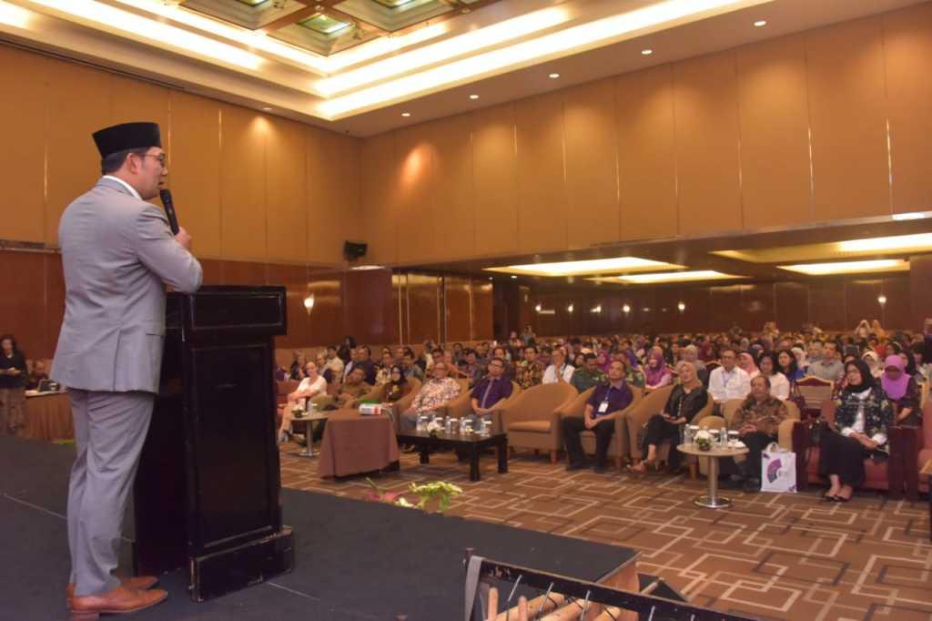 emil Kongres Himpunan Psikologi Indoenesia (Himpsi) XII di Bandung