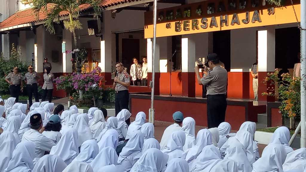 kombes pol irman kapolrestabes bandung alumni sman 4 bandung
