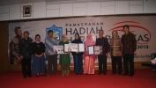 Tiga Guru Bahasa Sunda Peraih Hadiah Hardjapamekas 2018