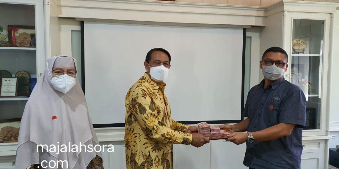 Prof Nina Lubis: Kesholehan Sosial Rektor UTama Patut Diteladani Oleh Kaum Intelektual Sekelas Guru Besar